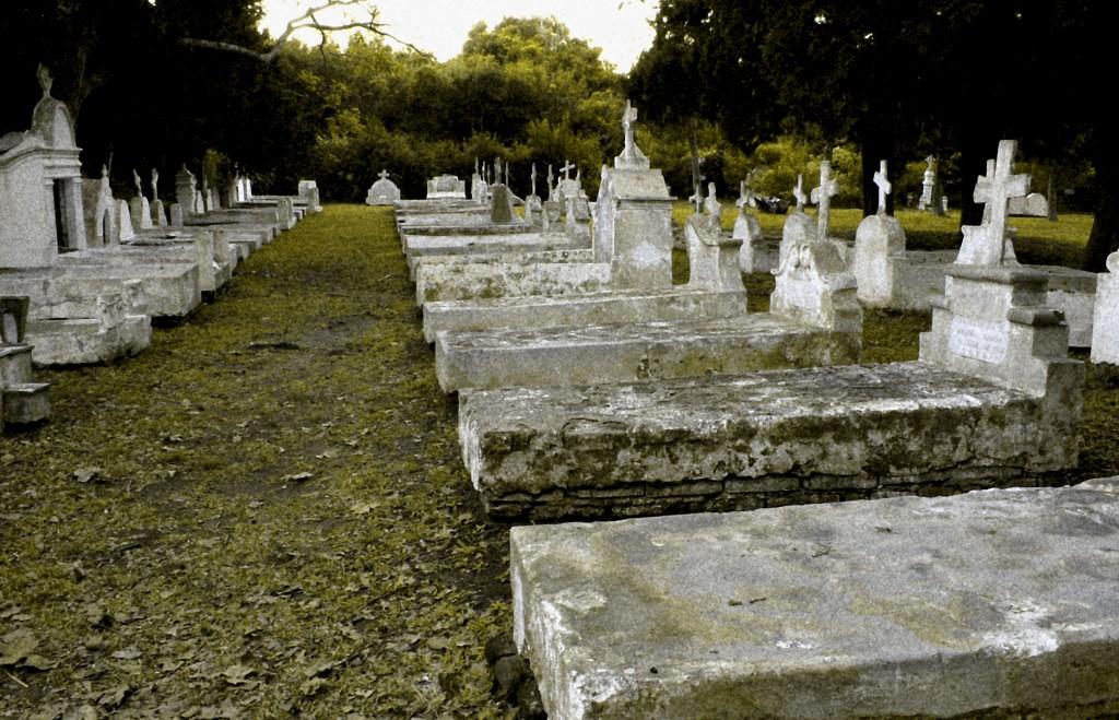headstones cemetery
